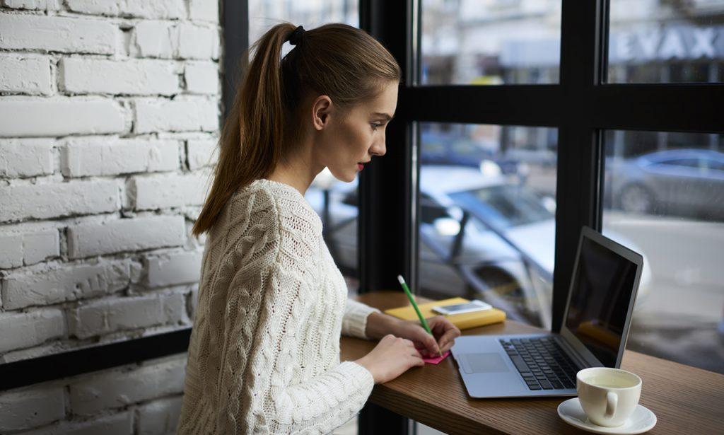mendapatkan uang dari internet tutor kursus online